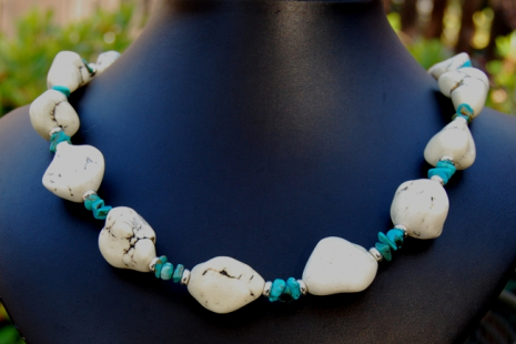 Bold Turquoise White Magnesite Nugget Necklace