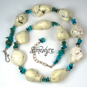 Turquoise Chip and White Magnesite Nugget Necklace