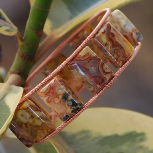 Crazy Lace Agate in copper Bracelet