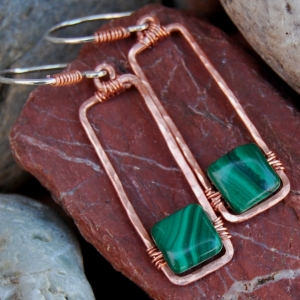 Natural Green Malachite Hammered Copper Hoop Earrings